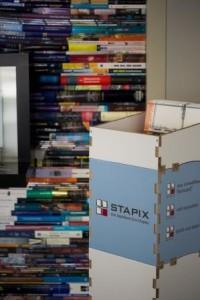 STAPIX-Kombination zur Auslage von Infomaterialien
